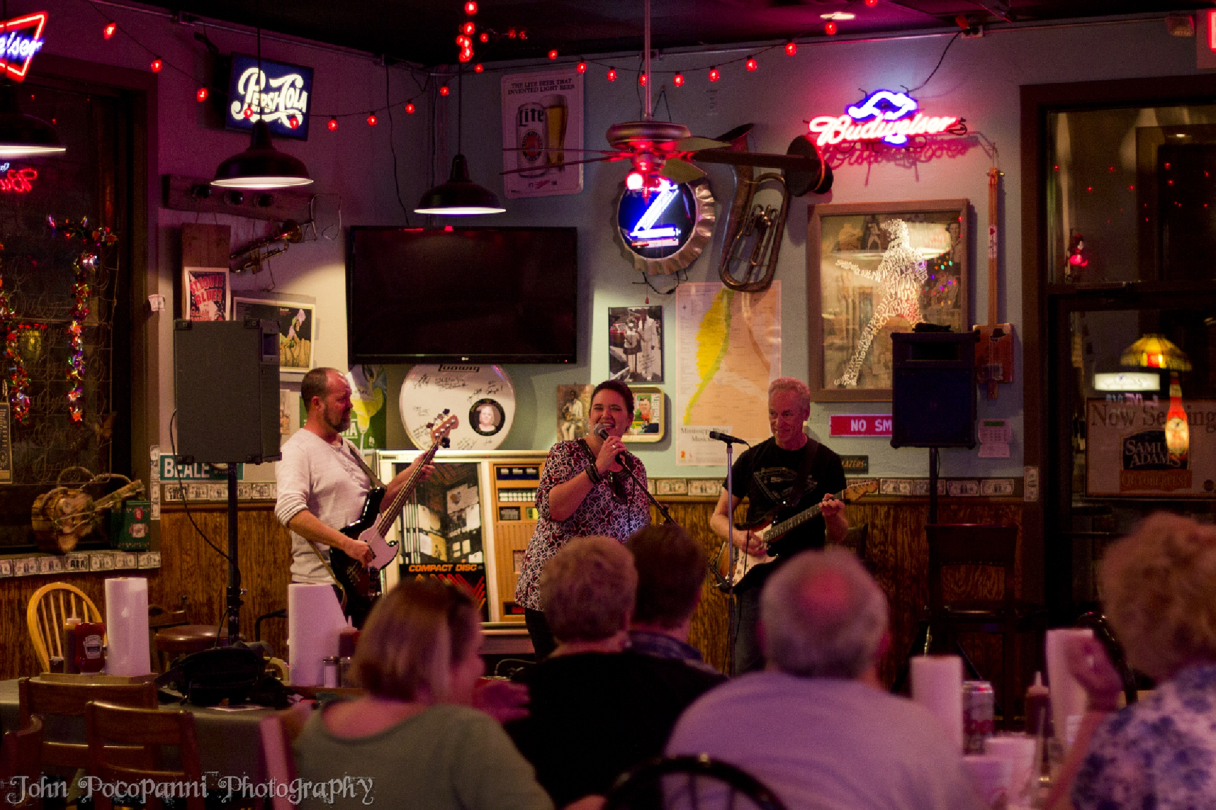 Champy's serves up a side of music
