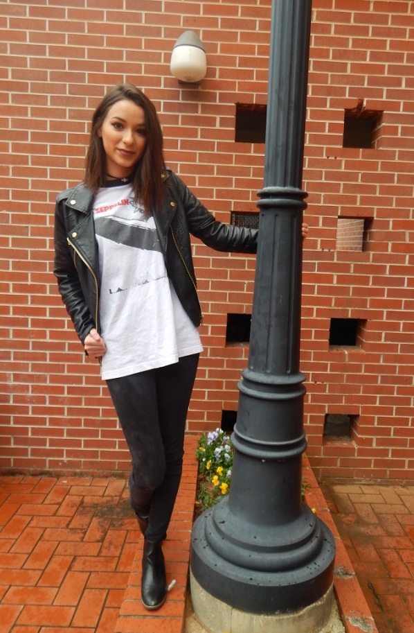 Fashion on the bricks: Abie Thomas