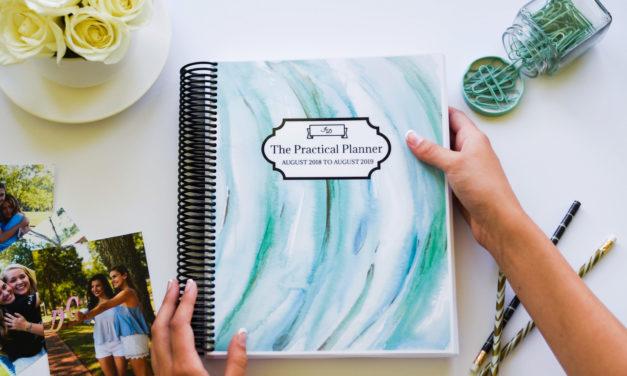 Girl boss Julia Davis launches original organizational product